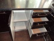 Кухни со столешницей из искусственного камня - foto 1