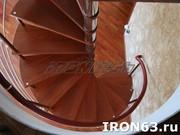 Металлическая лестница для дома и коттеджа - foto 0