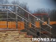 Металлическая лестница для дома и коттеджа - foto 2